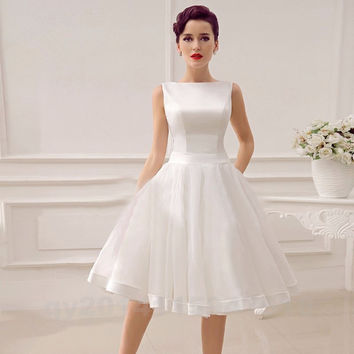 Robe De Mariage A Line Short Wedding Dress 2016 Summer Organza Backless Satin Wedding Bridal Gowns Knee Length