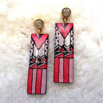 TRIBAL PATTERN RED PINK AND WHITE COMBINE EARRING