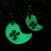 clover glowing couple necklace,His and Her moon Necklaces, moon Necklace Pendant, Matching couple necklace