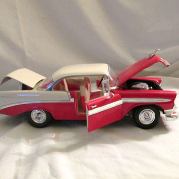 1956 Chevrolet Bel Air 1:18 scale die cast model car red and white, Road Tough