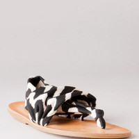 DIRTY LAUNDRY SHOES, BEKA FABRIC SANDAL