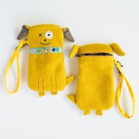 Wristlet:  Dog  Critter  Pouch  From  Natural  Life