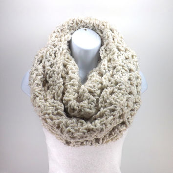 Large Chunky Lace Infinity Scarf /WHEAT/, Woman Chunky Loop Scarf, Chunky Scarf Hood, Gift Idea