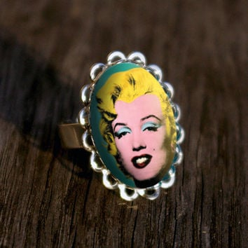 Marilyn Monroe silver plated ring
