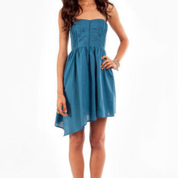 Apple of My Eyelet Dress in Blue :: tobi
