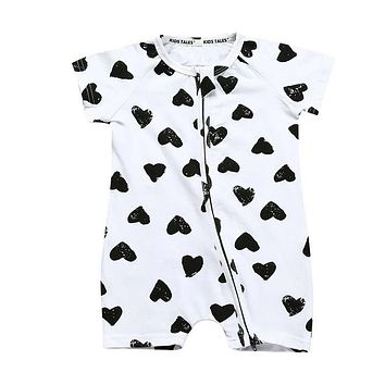Heart-shaped Printed Baby Clothes Newborn Romper Baby Boy Jumpsuit Girl Romper Zipper Pajamas for Baby