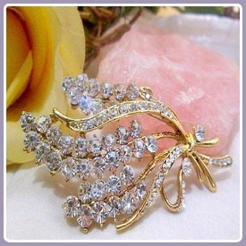 """Balancing"" Clear Quartz Brooch"