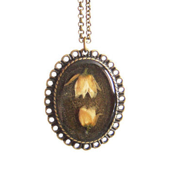 Real flower necklace - Two tiny linden blossoms - Pressed spring flower jewelry - Nature inspired necklace - Botanical pendant - Bronze