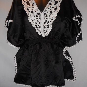 Vintage 80s White Black Lace Blouse Chime Brand XL Mexican Vacation Shirt