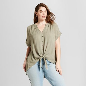 Women's Plus Size Short Sleeve Tie Front Shirt - Universal Thread™