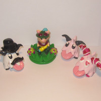 SPRING CLEARANCE! League of Legends Inspired Teemo Model/Cake Topper and Poro Models