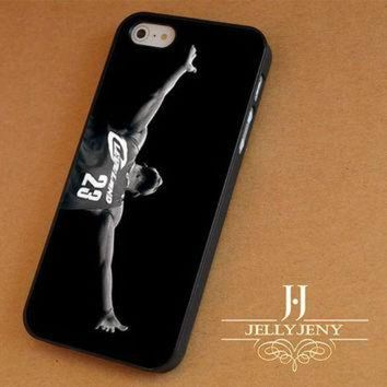 ONETOW Michael Jordan vs Lebron James iPhone 4 5 5c 6 Plus Case | iPod 4 5 Case