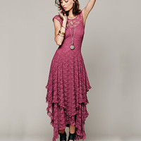 Sleeveless Lace Ruffled Layer Maxi Dress