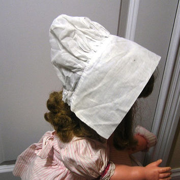 Vintage Baby or Doll White Bonnet with Wide Brim - Circa 1950s