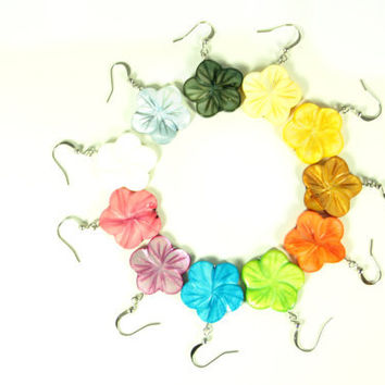 Flower Shell Earrings - CHOOSE YOUR COLOR - Hawaiian Hibiscus Flower Summer Earrings on Nickel Free Fish Hooks