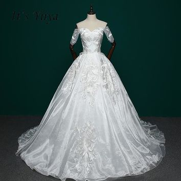 It's Yiiya High Grade Short Sleeves Train Wedding Dress White Embroidery Trailiing Bride Dresses Vestidos De Novia IY035