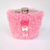 Kawaii Pastel Goth Furry Flask Fairy Kei Pink Fur Flask, Cute Flask, INCLUDING FLASK, Lolita Gyaru Whiskey Case, 21st Birthday, Bridesmaid