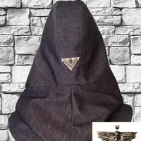 Men's scarf / Men neckwarmer/ Night watch crow hooded scarf with game of thrones crow pendant