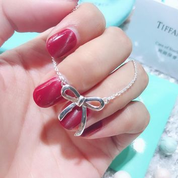 KUYOU T022 Tiffany Co Bow Necklace