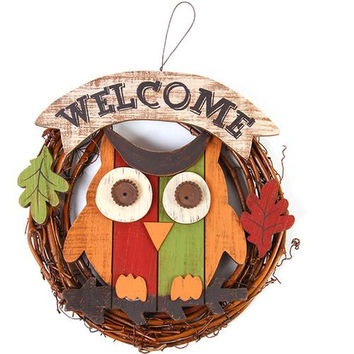 Welcome Owl Wreath with Leaves