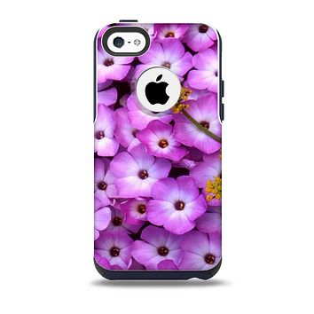 The Purple Flowers Skin for the iPhone 5c OtterBox Commuter Case
