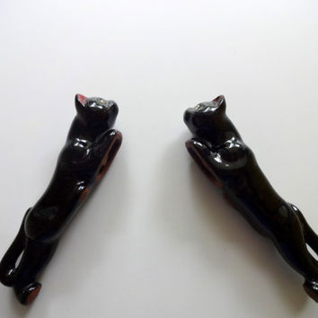 Vintage Redware Black Cat Salt and Pepper Shakers 1950s
