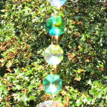 Crystal Sun Catcher, Feng Shui Pendant, Glass Sun Catcher, Rearview Mirror Ornament, Crystal Gift, Crystal Ornament, Vitrail Crystal, SC 407