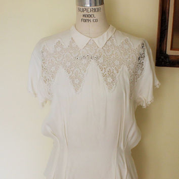 Vintage 1940s White Rayon Blouse / Lace Trim 40s Blouse / White Rayon Top / Maison France 1940s Shirt / Peekaboo Blouse / Peek A Boo Top