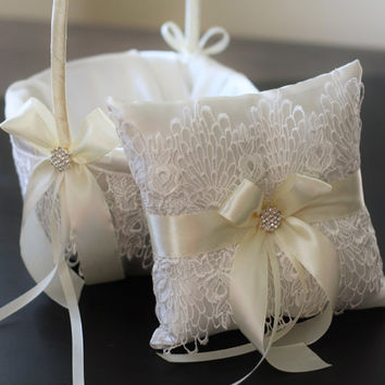 2 Wedding Baskets and 1 Wedding Ring Pillow Set \ Ivory Lace Flower Girl Baskets and Lace Ring Holder