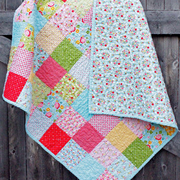 Baby Quilt, Lap Quilt, Toddler Quilt, Finished Quilt, Modern Quilt, Baby Shower Gift, Baby Gift, Handmade Quilt, Soft Quilt, Flower Quilt