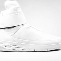 Nike Men's Swoosh Hunter Triple White