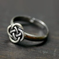 Celtic Ring - Eternity Love Knot in Silver - Adjustable
