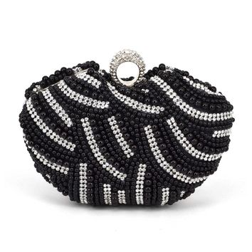 Heart Shape Beaded Clutch Bag Black White Pearl Evening Bag White Finger Women Wedding Party Bridal Purse Female Handbags