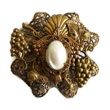 Kirks Folly Large Art Nouveau Brooch Antique Gold Tone