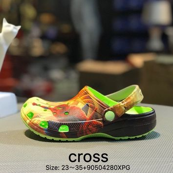 Cross Tunnel shoes Baotou thick bottom antiskid and cool towed green kid beach shoes sandals