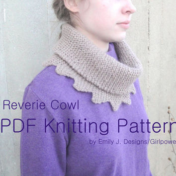 Reverie Cowl Scarf - PDF Knitting Pattern, Easy Beginner, Worsted Yarn, Garter Stitch Scallop Points