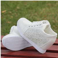 Solid Round Toe Lace Up Women Wedges Sneakers Fashion Platform Height Increasing Sneakers For Women Ladies Casual Wedges Shoes