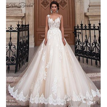 Vestido De Noiva 2017 A-line Lace Wedding Dresses Scoop Sleeveless Button Sashes Chapel Train 2017 White Bride Gowns Custom Made