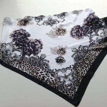 Black Paisley scarf, Black Floral scarf, Gift for Sister, Black Chemo coverup, Best Friend gift, Coworker Gift, Black White Paisley Shawl