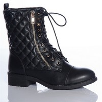 Refresh Lingering Luxury Dason-07 Quilted Faux Leather Lace Up Combat Boots - Black