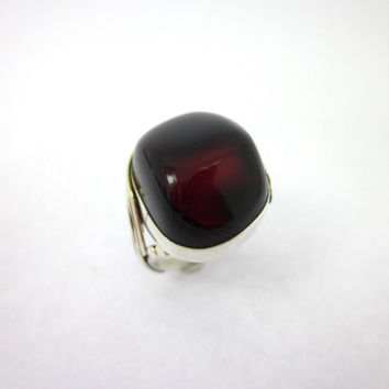 Blood Red Amber Ring, Women's Amber Jewelry, Women's Silver Rings, Goth Jewelry