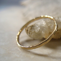 Stacking Ring Hammered Gold 18g