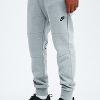 Nike Tech Fleece Joggers in Grey - Urban Outfitters