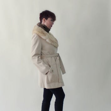 30% OFF Black Friday Mod Ivory Wool Pea Coat, Fur Trim, Winter Jacket, Double Breasted Coat, Size Medium
