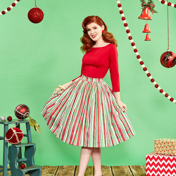 Pinup Couture Jenny Skirt in Candy Cane Stripe