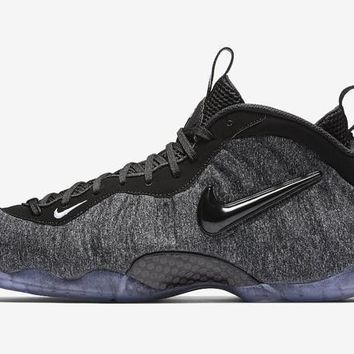 Nike Air Foamposite Pro One Tech Fleece
