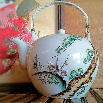 Japan Cherry Blossom Tea Pot Hand Painted With Tea Strainer