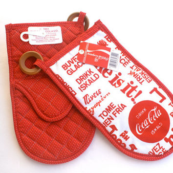 Vintage Coca Cola Oven Mitts Pot Holders 1984
