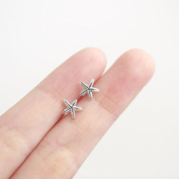 Starfish Earrings, Silver Starfish Earrings, Starfish Stud Earrings, Ocean Earrings, Starfish Studs, Summer Earrings, Beach Earrings