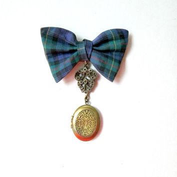 Vintage Scottish Clansmen Mourning Locket / Perfume Brooch Pin Jewelry / Plaid Bow Hanging Brooch